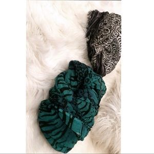 Accessories - Scarves - Set of 2